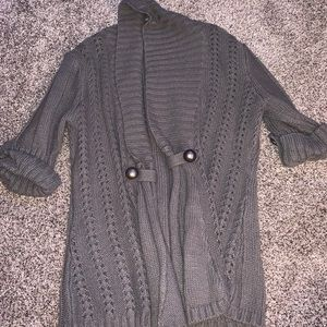 Grey cardigan with buttons